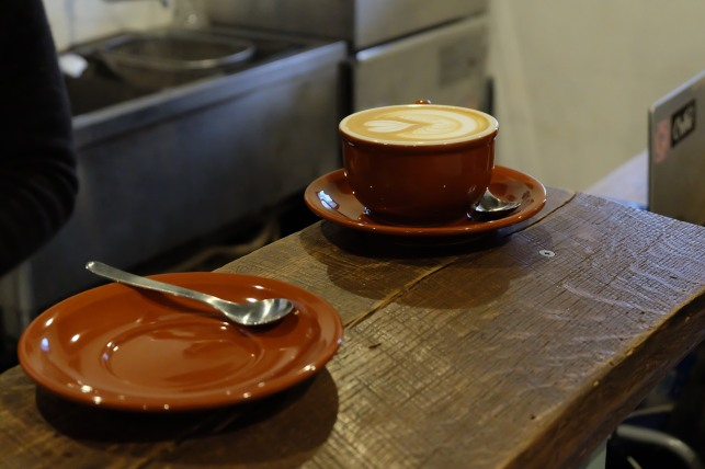 Latte art and coffee cups and saucers at Life Size Cribe in Kokubunji
