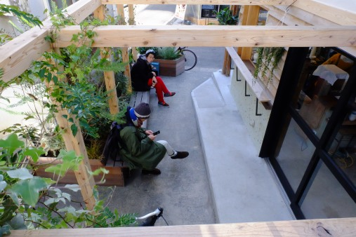 Exterior seating at Onibus Coffee Nakameguro Tokyo Japan Cafe