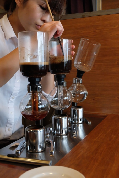 Brewing Siphon Coffee Cafe Obscura Tokyo Japan